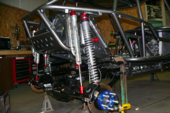 , What Suspension Is Used For Rock Crawling? The Complete Guide, 4x4 Crawlers